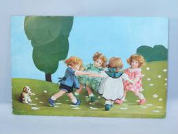 Jeunes Enfants En Cercle Et Petit Chien. - Illustratori & Fotografie