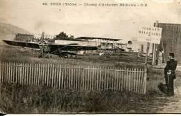 N°25394 -cpa Bron -champ D'aviation Militaie- - Aerodromes