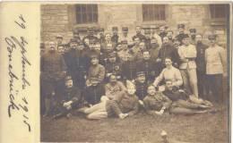 CPA Photo Officiers Prisoniers Oflag Osnabrück Nombreux Régiment Différents Identifiés Par La Tenue - Weltkrieg 1914-18