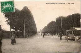 ROSIERES EN PICARDIE La Place - Frankreich
