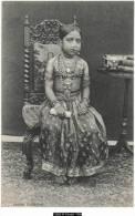12860g INDE - Jeune Indienne - Inde