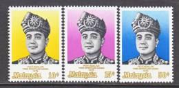 Malaysia  141-3  *  SULTAN - Malaysia (1964-...)