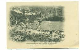 69/LYON, Colonie De Vacances De Notre-Dame De Bellecombe - Lyon. 6. Dans Le Guiers - La Pêche Aux écrevisses - Otros