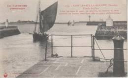 SAINT-VAAST-LA-HOUGUE, Entrée Du Port - 2134 Le Goubey - Saint Vaast La Hougue