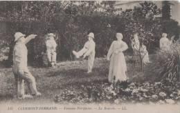 CLERMONT FERRAND FONTAINE PETRIFIANTE LA BOURREE LL LEGEREMENT ABIMEE EN HAUT COIN DROIT - Clermont Ferrand