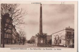CLERMONT FERRAND RUE BALLANVILLIER LA PYRAMIDE LE MUSEE BON ETAT - Clermont Ferrand