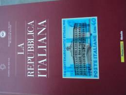 """POSTE ITALIANE - FILATELIA - PUBBLICAZIONE EDITORIALE  """"LA REPUBBLICA ITALIANA"""" - Italia"""