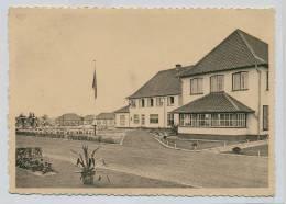 (I782) - Vacantiecentrum Der Christelijke Werkliedenorg.. Van W.-Vld. Zon En Zee - Hoofdgebouw - Speelplein En Pavijloen - Westende