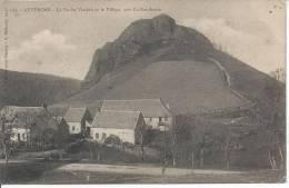 La Roche Vendeix Et Le Village - Près La Bourboule - France