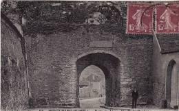 MONTLHERY - Porte De Linas Dite Porte Baudry - Montlhery