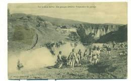 MAROC/ Sur La Route De FEZ, Les Passages Difficiles, Préparation Du Passage (MILITAIRE) - Fez (Fès)