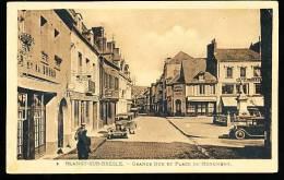 76 BLANGY SUR BRESLE / La Grande Rue Et Place Du Monument / - Blangy-sur-Bresle