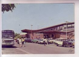 78 ACHERES La Gare S.N.C.F.  4L Renault Autobus Saviem - Acheres