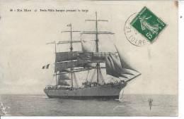 En Mer - TROIS MATS BARQUE Prenant Le Large - Voiliers