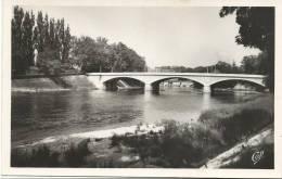 R : Doubs ; BESANçON :  Le  Pont  Nouveau  St  Pierre - Besancon