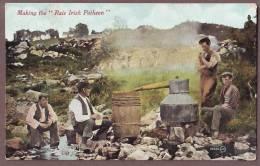 Making Rale Irish Poteen  Ir127 - Irlande