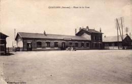 CHAULNES   (Somme)  -  Place De La Gare - Chaulnes
