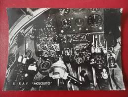 RAF : Le Mosquito Bombardier Mark IV Avec Son Tableau De Bord - Avions