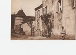 FAULX  -54-  Le Château - Porte - Ambulance 229 - Personnages