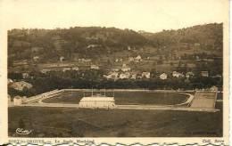 N°25553 -cpa Bort Les Orgues -le Stade Municipal- - Stades