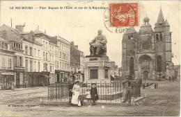 LE NEUBOURG - Place Dupont De L'Eure Et Rue De La République - Animé - Le Neubourg