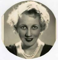 Photo D´une Artiste De Cinéma, Non Identifié,     Original Découpée De 1938 - Attori
