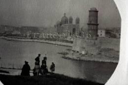 Très Belle Carte Photo De Marseille : L´entrée Du Vieux Port Avec Animation En Avant Plan - Dos Vierge,  2 SCANS - Vieux Port, Saint Victor, Le Panier