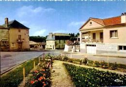 CPM CPSM  -    JOUSSE  L 'ENTREE DU BOURG              AA281 - Frankrijk