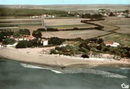 CPSM   SAINT VINCENT SUR JARD      Un Coin Du Village Et La Plage   En 66 - Francia