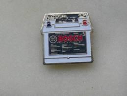 1 Pin´s   Batterie  BOSCH - Pin's