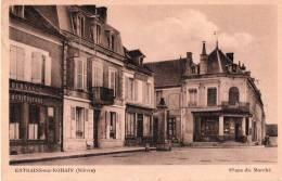 Cpa ENTRAINS SUR- NOHAIN , Place Du Marché, (14.18) - France