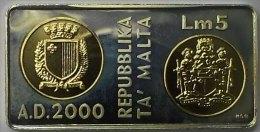 @Y@  Malta 2000 5 Liri Millennium Zilver / Goud - Malte