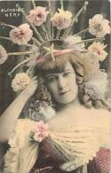 Artistes - Ref 962- Blondine Nery Et Son Beau Chapeau De Fleurs -theme Chapeaux  - Carte Bon Etat   - - Artistes