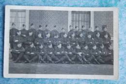 4730 /  Carte-photo De Militaires Avec Calots III - Régiments