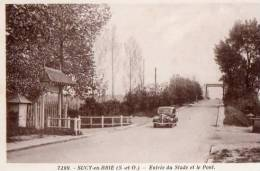 94. Sucy-en-Brie. 7299. Entrée Du Stade Et Le Pont. - Sucy En Brie