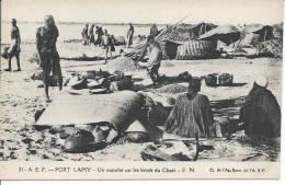 TCHAD - FORT LAMY - Un march� sur les bords du Chari