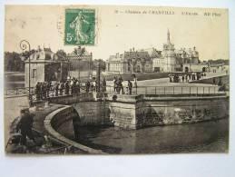Cpa, Très Belle Vue Animée, Château De Chantilly, L'entrée - Chantilly