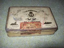 Old Tobacco Books - Le Khedive (Egypt) - Books