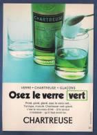 Pub Papier 1969  Boisson Liqueur La Chartreuse Osez Le Verre Vert - Advertising