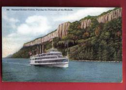Q1125 Steamer Robert Fulton, Passing The Palisades Of The Hudson.Non Circulé. - Paquebots