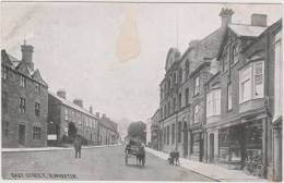 East Street, Ilminster. Unused Card. Chapman & Son, Dawlish. - Non Classificati
