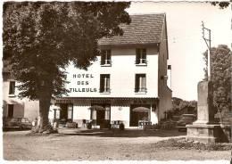 Saint-Simon. Hotel Des Tilleuls. - France