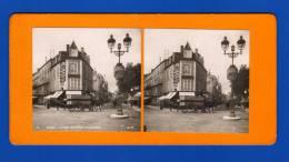 Vichy  [ Allier ]    Photos Stéréoscopiques      Rue De Nïmes , Rive De L´Allier , Pont Sur L´Allier Avec Lavandières... - Photos Stéréoscopiques