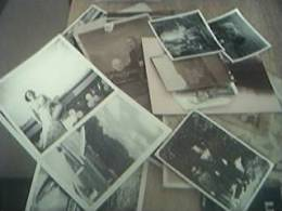 30 X  Original B/w Photographs England Old Undated Mostly Black And White - Personnes Anonymes