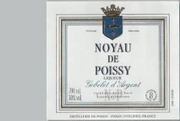 Etiquette  -  NOYAU  De  POISSY  Liqueur  -  GOBELET  D'  ARGENT  -  Distillerie  De  POISSY  -  POISSY  ( Yveline ) - Etiquettes