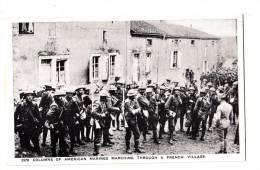 Carte Photo ANGLAIS IN A FRENCH VILLAGE Verso PARIS ISLAND CO? - War 1914-18