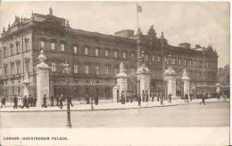 London Buckingham  Palace  Post Card  1907 - Buckingham Palace