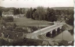 CPSM ACQUIGNY (Eure) - Le Pont Neuf Et Le Château - Acquigny