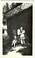 Ancienne Photo N&B 1930 CAFE BAR DU DEPART Avenue Bac La Varenne St Hilaire Seine Et Oise Dédicace Suzanne Ardex Rumière - Orte