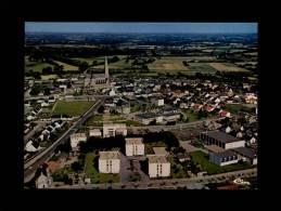 44 - CARQUEFOU - Vue Panoramique Aérienne Du Bourg - Carquefou